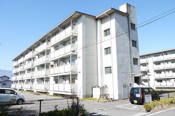 松本市 野溝木工/屋内トランクルームタイプ
