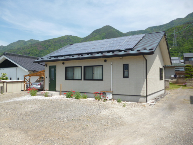 長野県上田市緑が丘2-10-3 戸建住宅 物件写真